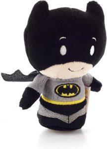 Peluche de Batman de 10 cm de Hallmark - Los mejores peluches de Batman - Peluches de superhéroes de DC